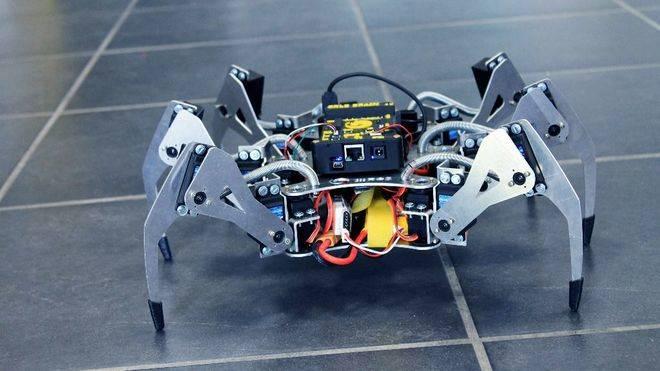 La primera araña robótica especial para lugares innacesibles o desastres fabricada en españa