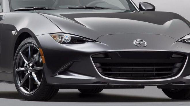 Mazda MX-5 RF, un deportivo de techo rígido y apertura electrónica