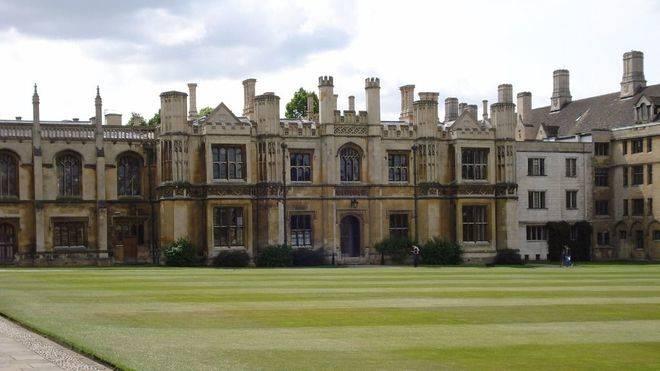 Triunfa en la universidad de habla inglesa con Cambridge English