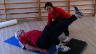 Un programa de pilates terapéutico mejora la condición física en supervivientes de cáncer de colon