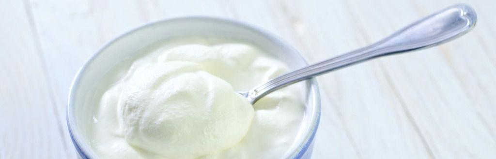 Tomar yogur entero disminuye el riesgo de depresión en las mujeres