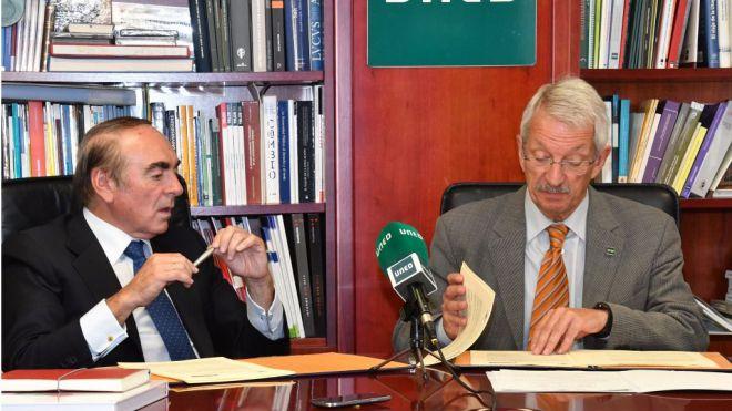 Convenio entre la UNED y el Banco Santander para la excelencia académica e investigadora