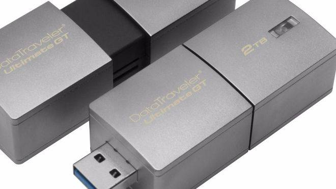 Kingston Digital presenta el USB más grande del mundo