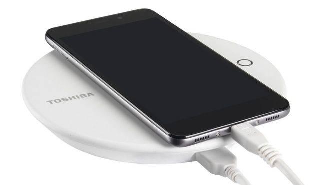 Toshiba Canvio, la seguridad y la carga del móvil van de la mano