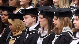 Programas de pre-grado, el camino hacia la educación global