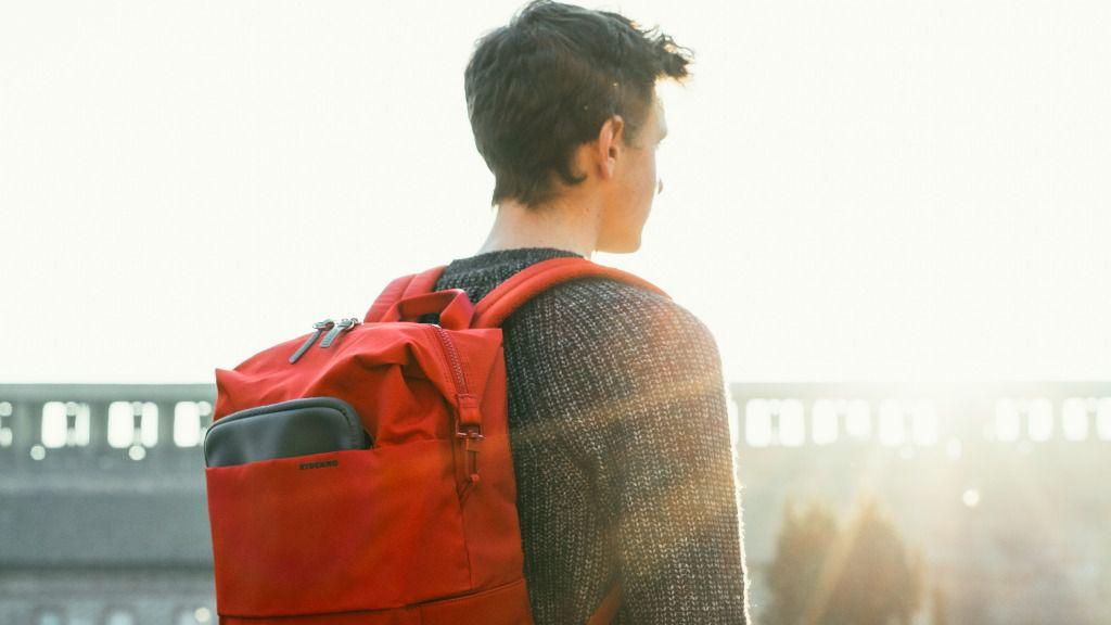 Con las nuevas mochilas de TUCANO siempre estás de vuelta