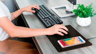 MiniBatt PowerPad, carga tu dispositivo mientras trabajas