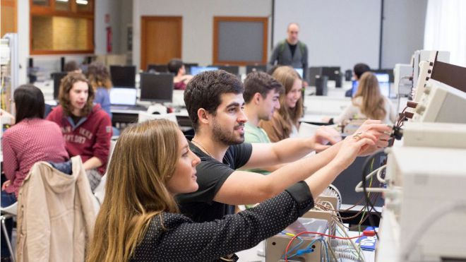 Deusto y lantek desarrollarán un nuevo grado de industria digital en Vitoria