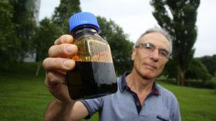 En la UPV/EHU obtienen bioóleo del aprovechamiento de restos de cítricos