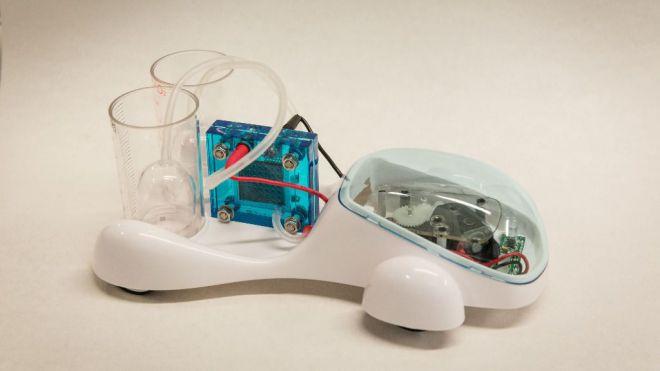 Prototipo a escala de coche de hidrógeno seguro por parte de investigadores españoles