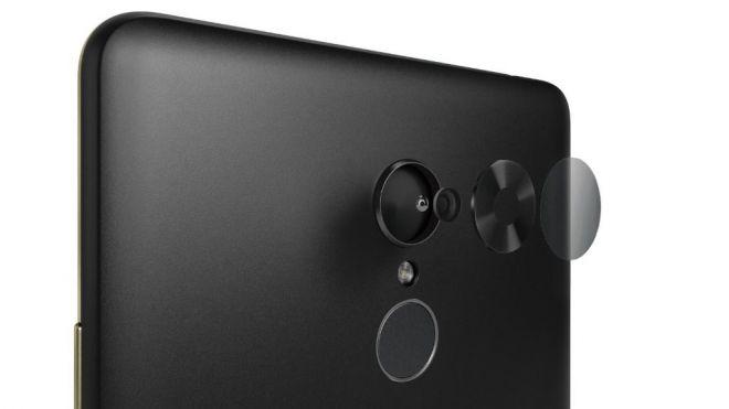 Lenovo Tab V7, una tableta con corazón de smartphone