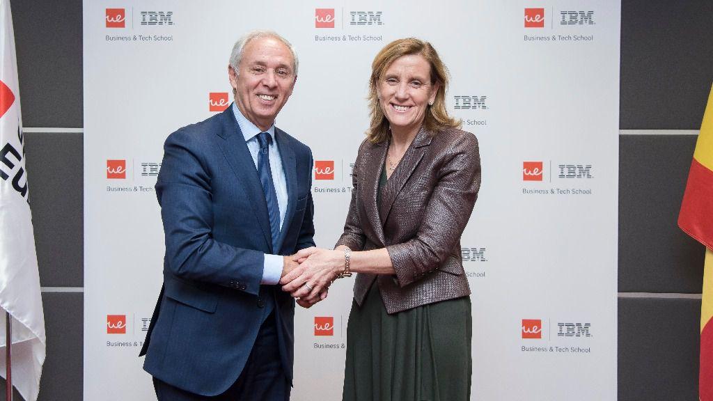 Miguel Carmelo, CEO y presidente de la Universidad Europea y Marta Martínez, presidenta de IBM España, Portugal, Grecia e Israel
