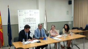 La nueva Cátedra de Investigación 'Isabel Muñoz Caravaca' promoverá la igualdad entre hombres y mujeres