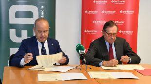 UNED y Banco Santander renuevan el Convenio de colaboración