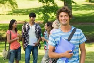 Los 5 planes de Cambridge English para practicar inglés durante las vacaciones