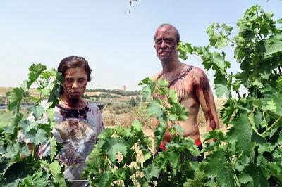Confirmado: a los zombies les gusta el vino y juran invadir Medina del Campo
