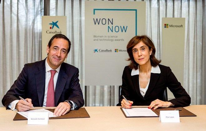 Pilar López de MICROSOFT y Gonzalo Gortázar de CAIXABANK