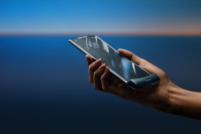 Motorola reinventa el Razr, un móvil para el recuerdo