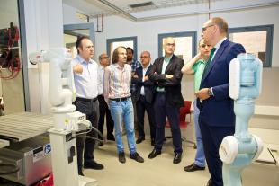 La UA mejora sus instalaciones para la formación de estudiantes del Grado de Ingeniería Robótica
