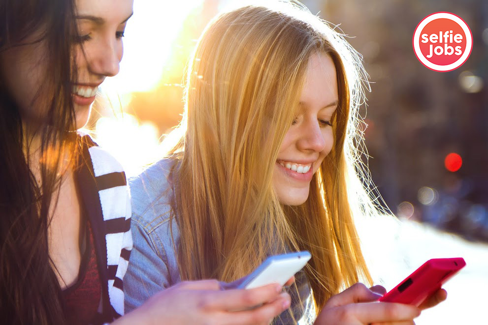SelfieJobs, la aplicación estilo Tinder para buscar trabajo con un video Currículum, se lanza en España
