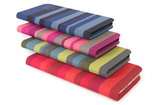 Stripes y Zig Zag, las divertidas fundas de TUCANO para el iPhone 6