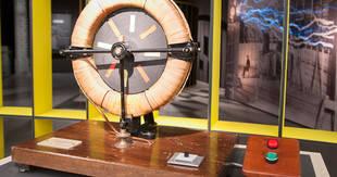 Exposición sobre Nikola tesla en el espacio Fundación Telefónica