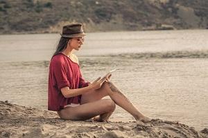 ¿Ya sabes que libro te llevas a la playa este verano?