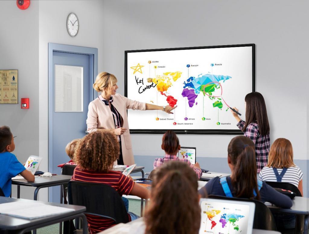 LG entra en el aula con su primera pantalla interactiva para la educación