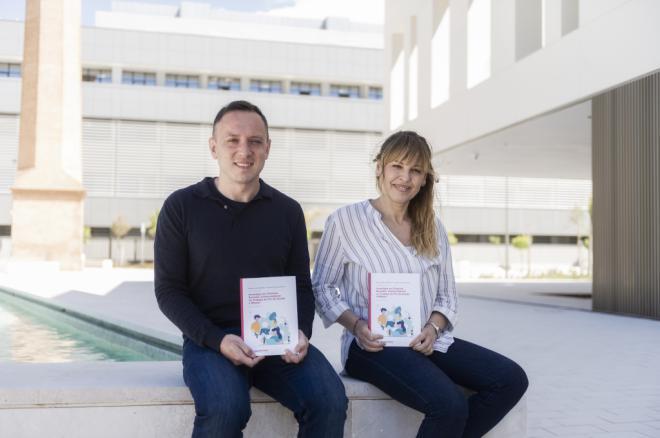 Los autores, Enrique Cerezo y Rosa García Bellido de la UCH-CEU